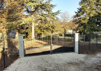 Pose d'un portail par en Grimpant dans l'arbre
